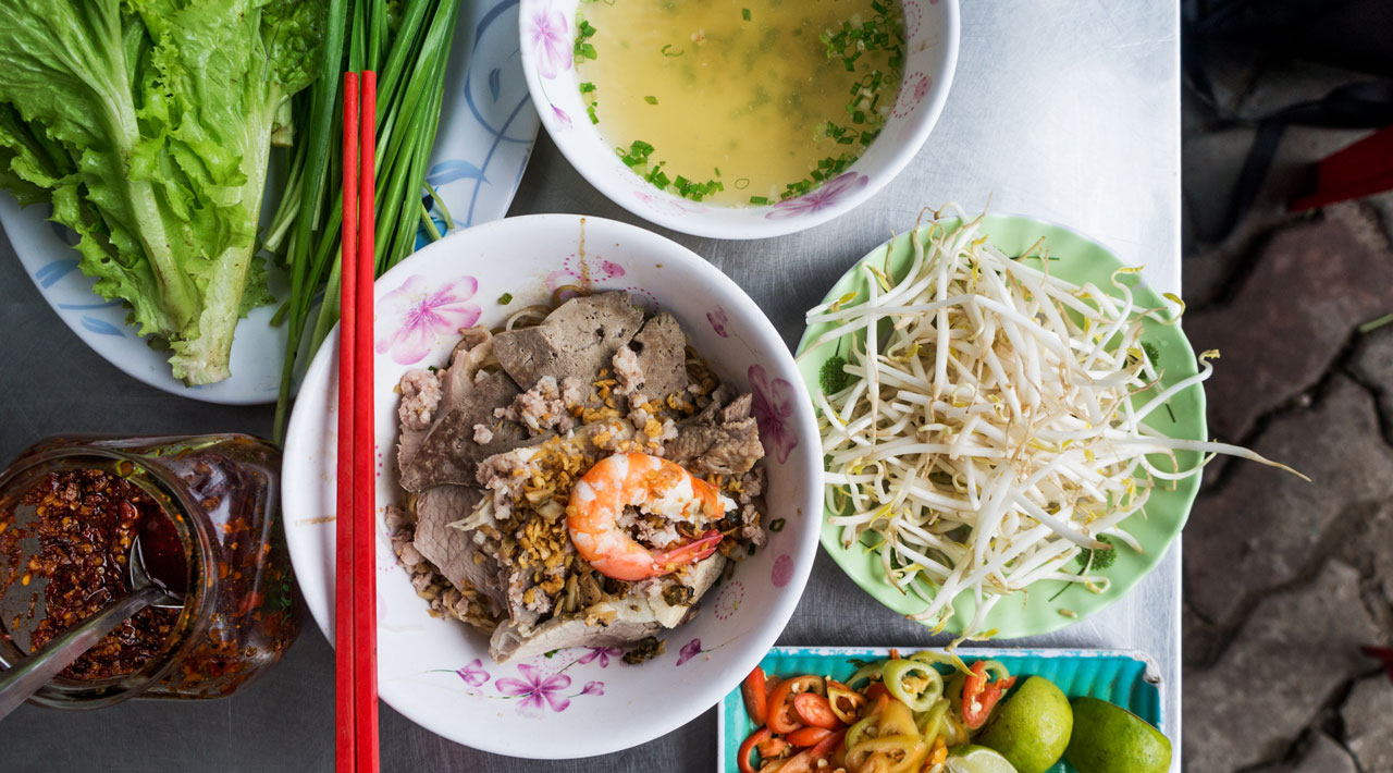 City Hacks: A Non-Banh Mi Guide to Saigon's Best Breakfasts
