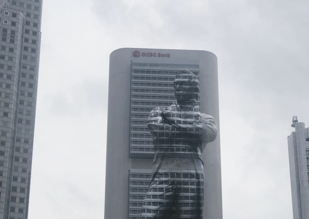 The Stamford Raffles Statue Has 'Disappeared', and We Are Stoked AF