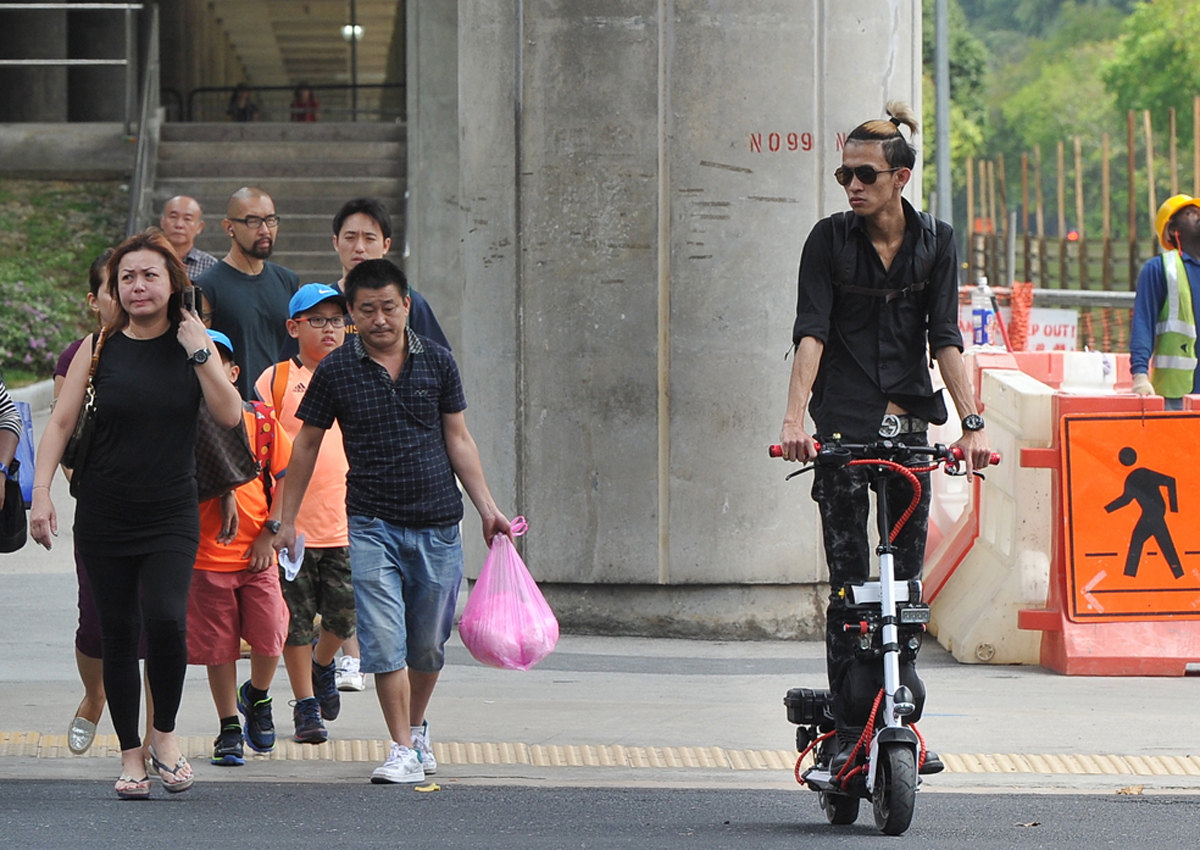 When Was The Last Time You Called Another Singaporean Out For Their Bad Behaviour?