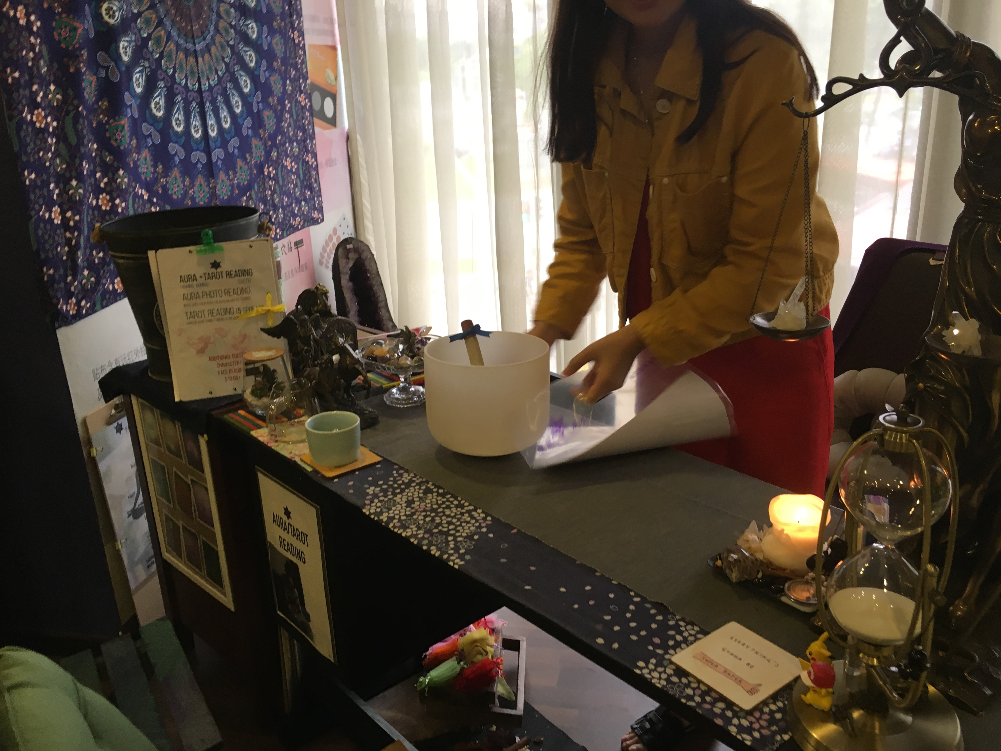 Can An Aura and Tarot Card Reading That Tells You Nothing Change Your Life? Quite Possibly