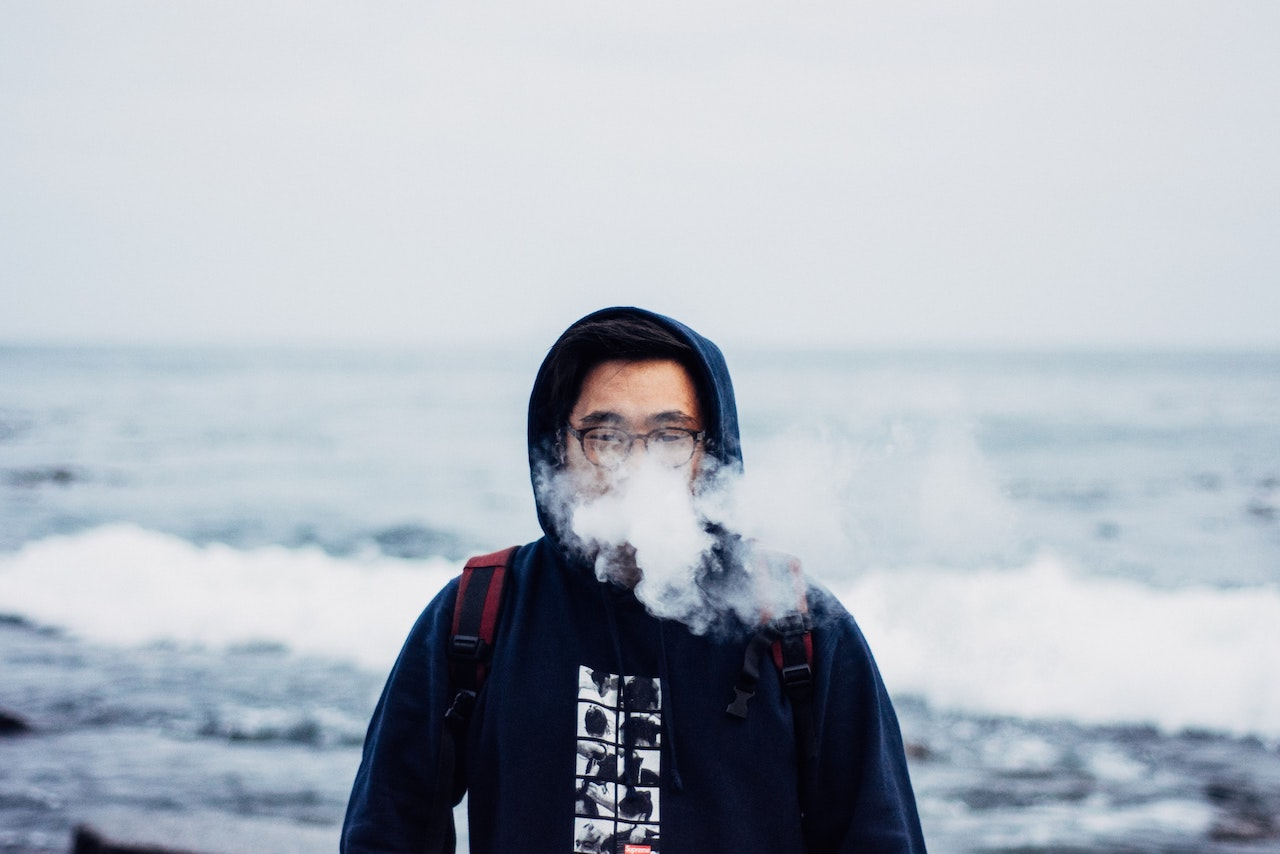 Unless Singapore Legalises Vaping, Singaporeans Might Soon Start Dying From It