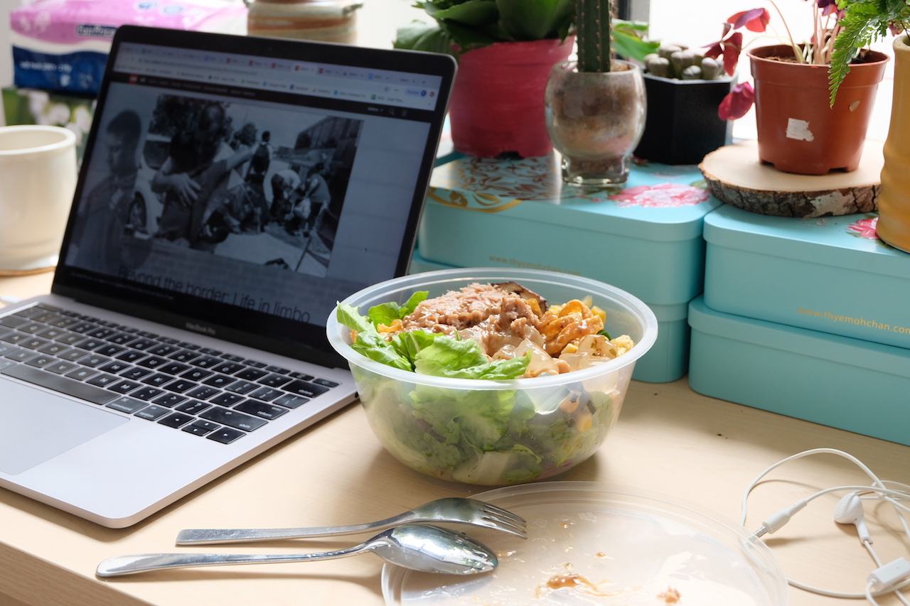 In Defence of Eating Alone at Your Desk