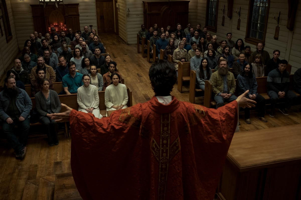"""TV Show Review: """"Midnight Mass"""" — When Faith and Hysteria Collide"""